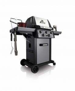 Broil King® Monarch™ 390 - 3 Burner - Propane Gas Grill
