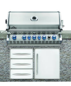 Built-in BBQs & Components
